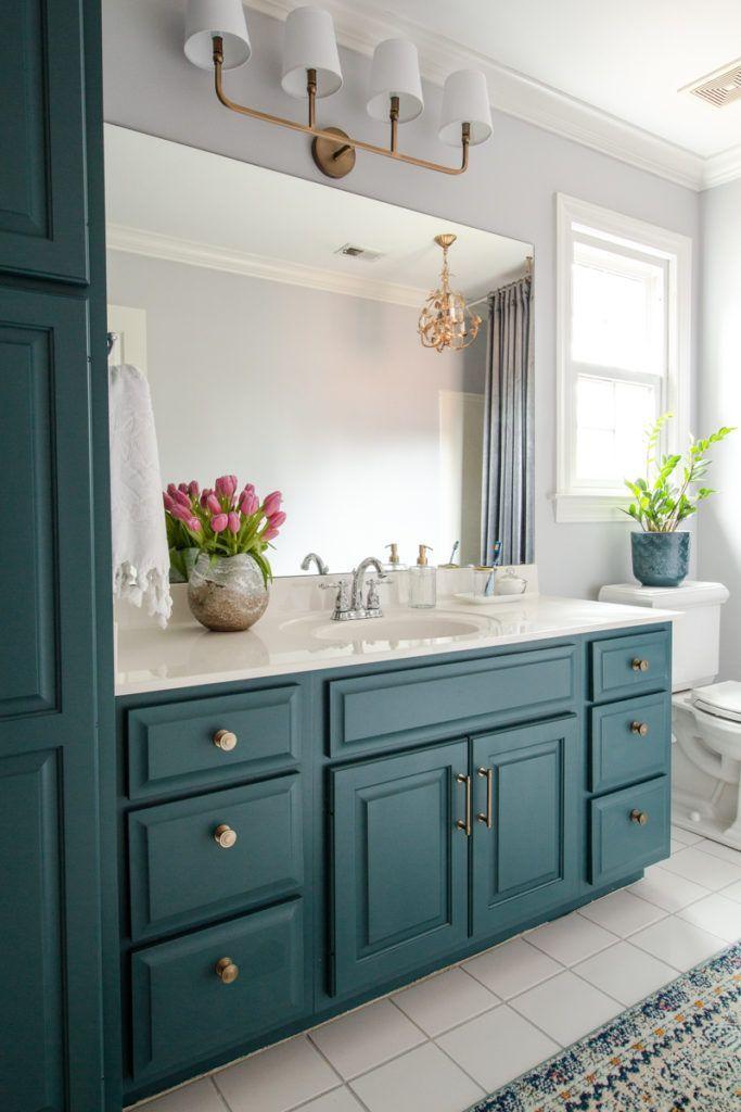 Fabulous Bathroom Cabinets Design Ideas 18