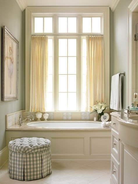Gorgeous Traditional Bathroom Design Ideas 30