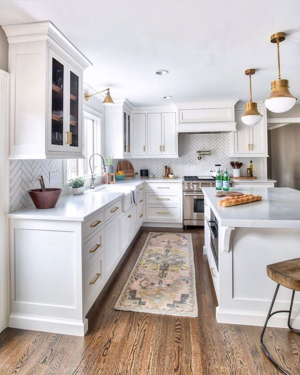 Inspiring White Kitchen Design Ideas With Luxury Accent 10