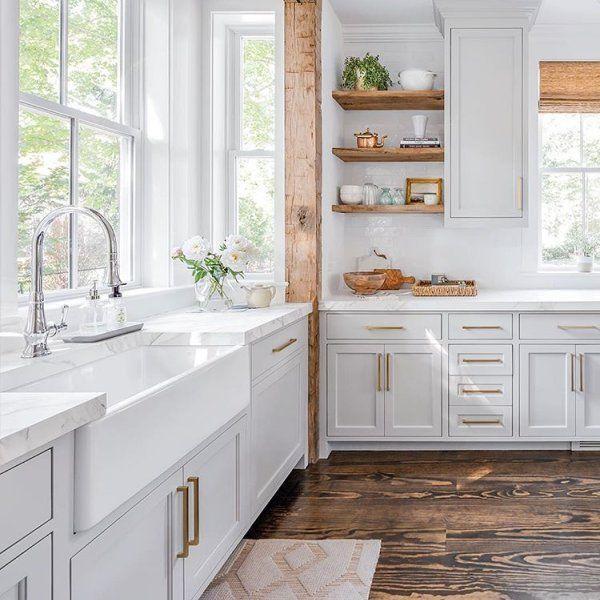 Inspiring White Kitchen Design Ideas With Luxury Accent 12