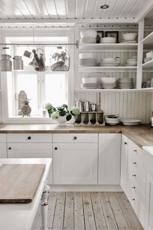 Inspiring White Kitchen Design Ideas With Luxury Accent 18