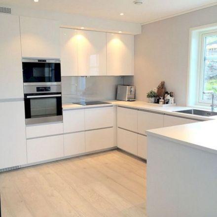 Inspiring White Kitchen Design Ideas With Luxury Accent 26