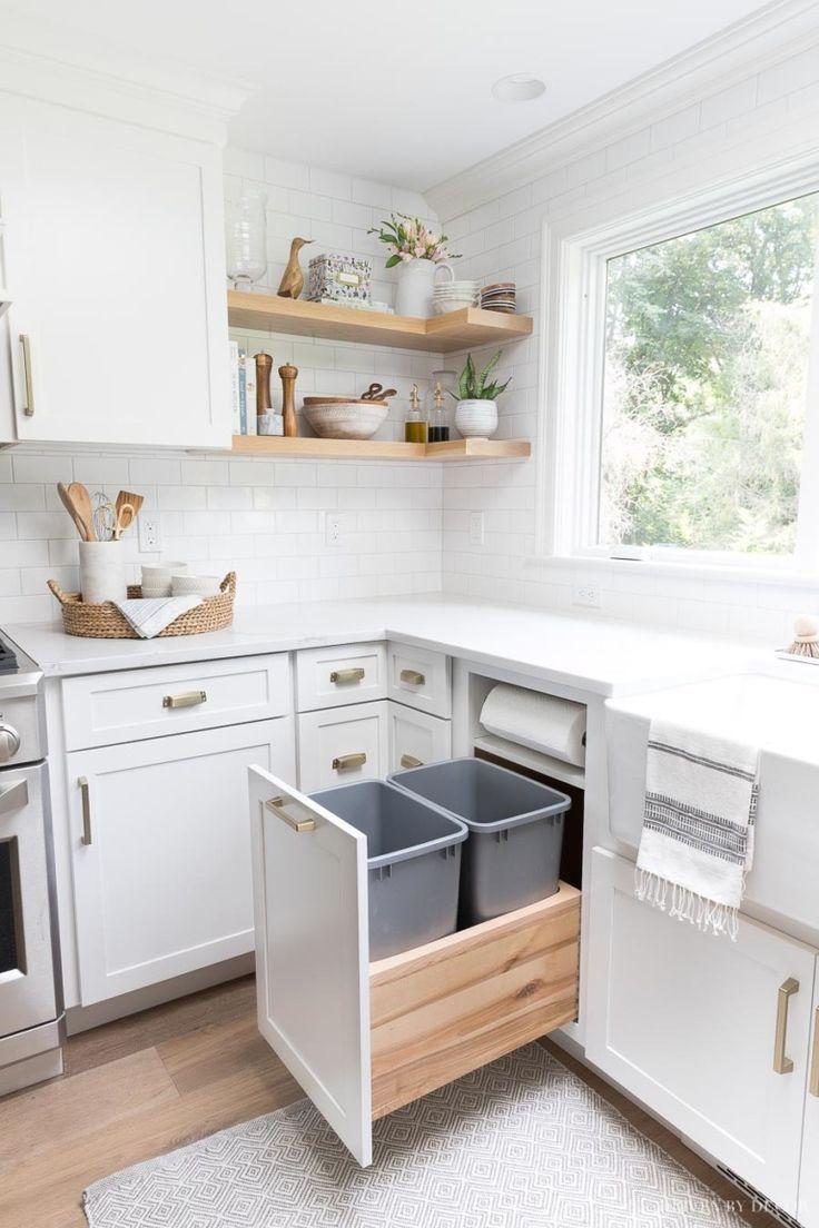 Inspiring White Kitchen Design Ideas With Luxury Accent 29