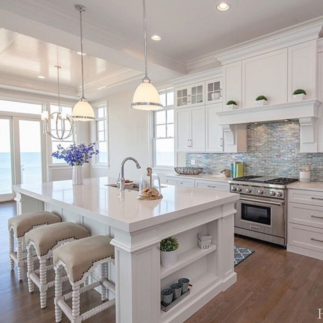 Inspiring White Kitchen Design Ideas With Luxury Accent 33