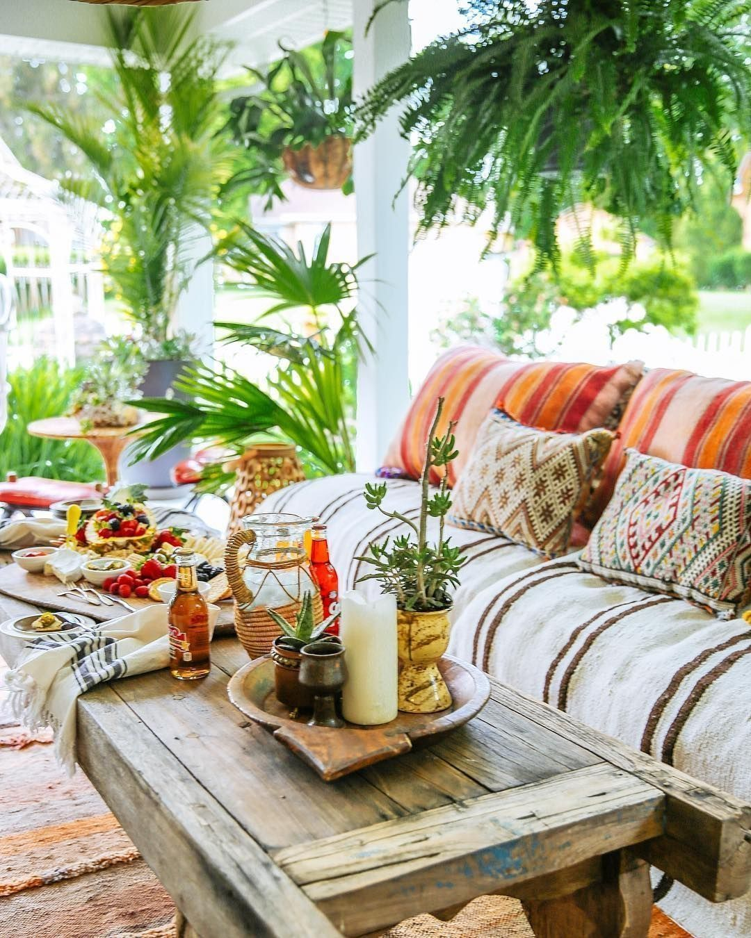 Lovely Bohemian Style Ideas For Your Outdoor Design 05