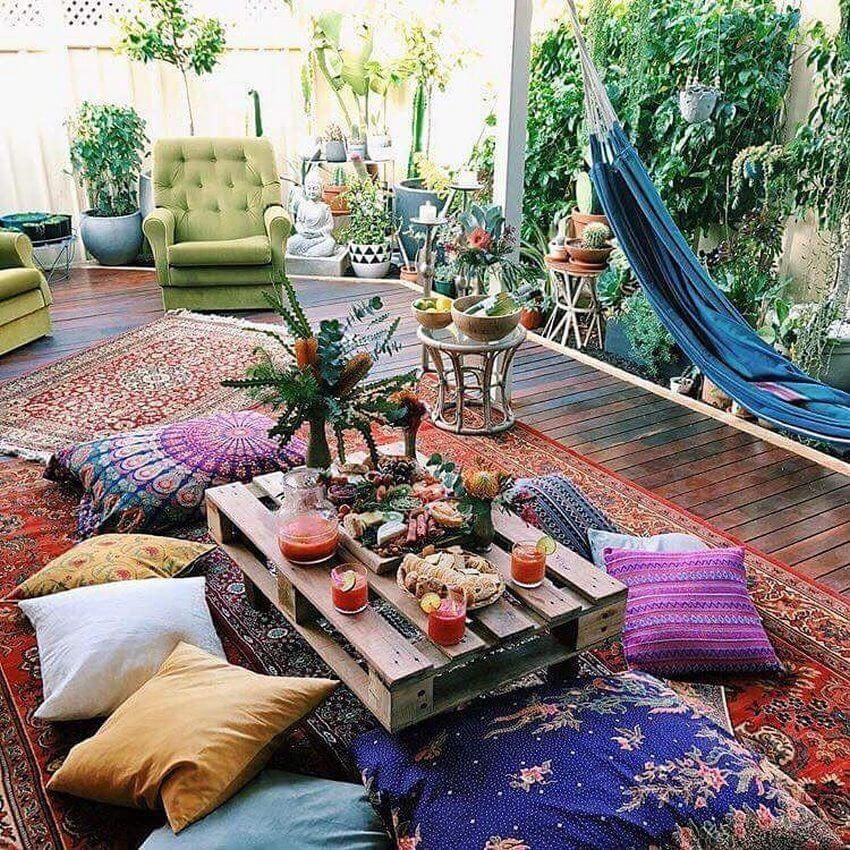 Lovely Bohemian Style Ideas For Your Outdoor Design 07