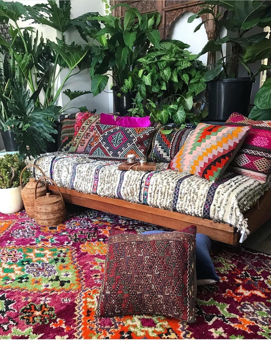 Lovely Bohemian Style Ideas For Your Outdoor Design 17