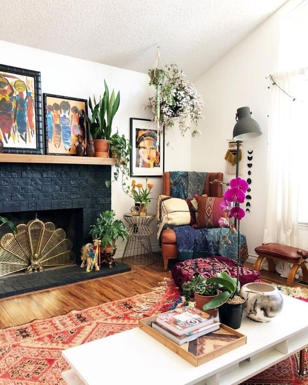 Lovely Living Room Decoration Ideas With Bohemian Style 02