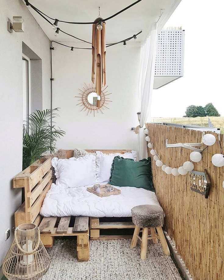 Lovely Small Porch Apartment Balconies Ideas 20