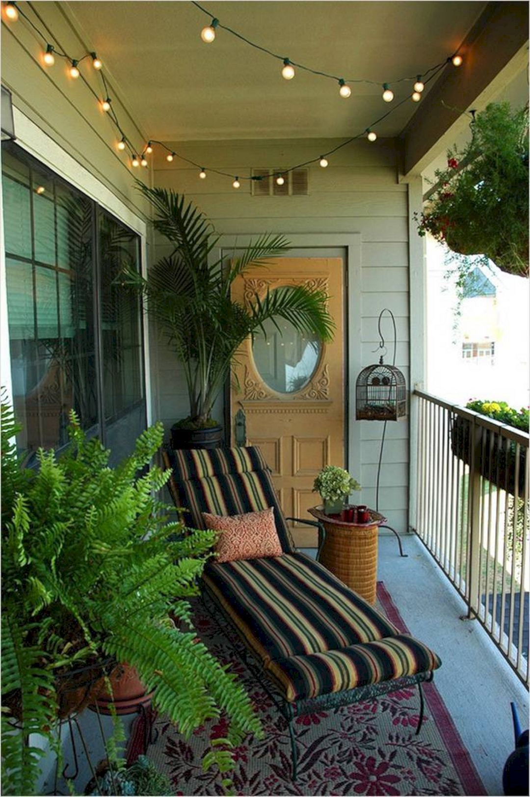 Lovely Small Porch Apartment Balconies Ideas 28