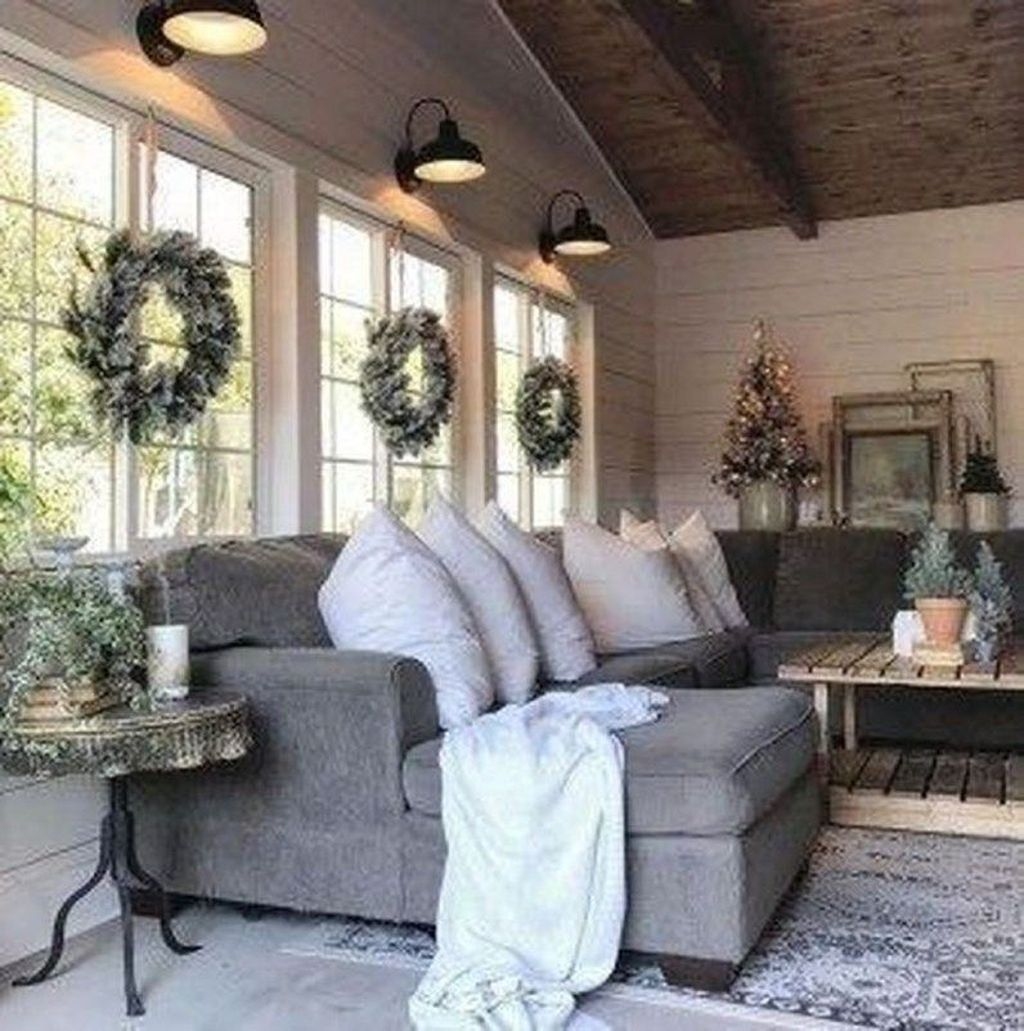 Popular Modern Farmhouse Living Room Decor Ideas 09