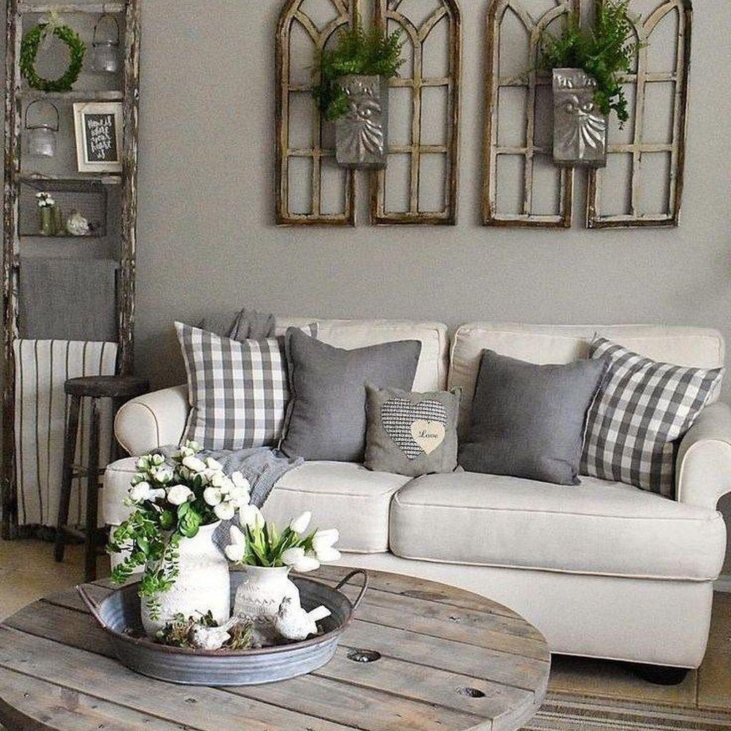 Explore our favorite colorful living rooms now! Popular Modern Farmhouse Living Room Decor Ideas 14 - HMDCRTN
