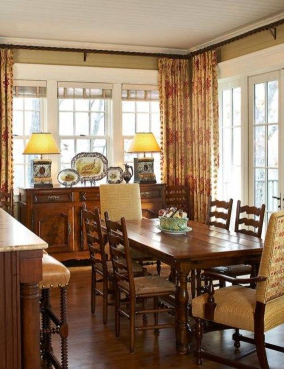 Popular Rustic Farmhouse Style Ideas For Dining Room Decor 08