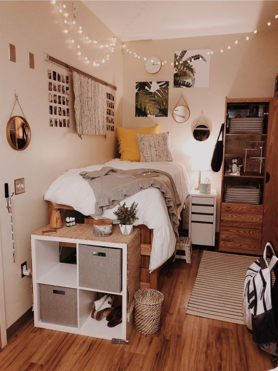 Popular Small Bedroom Decor Ideas 06