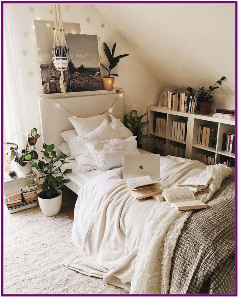 Popular Small Bedroom Decor Ideas 11