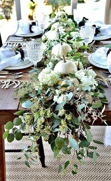 Popular Thanksgiving Table Decorating Ideas Beautiful Look 22