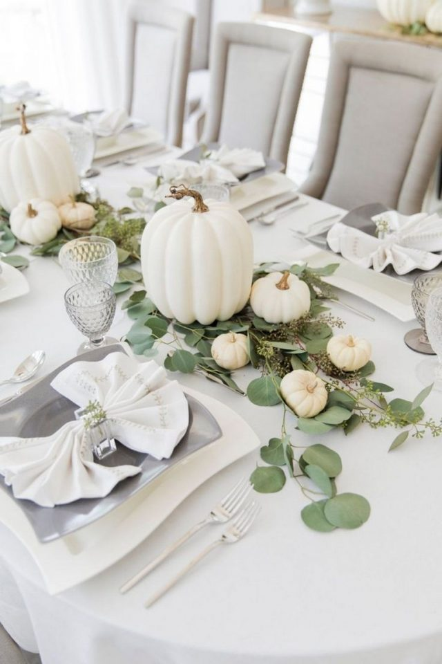 Popular Thanksgiving Table Decorating Ideas Beautiful Look 24