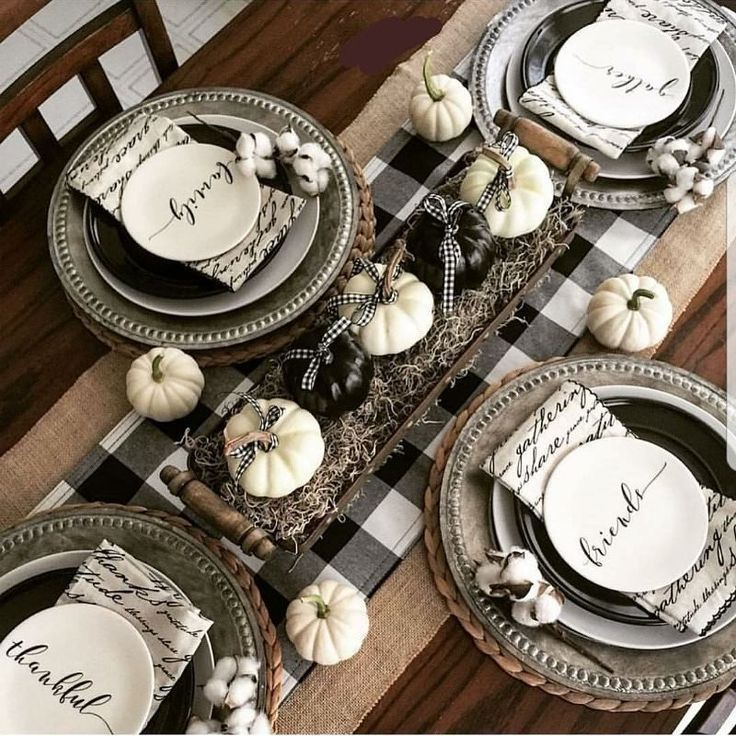 Popular Thanksgiving Table Decorating Ideas Beautiful Look 26