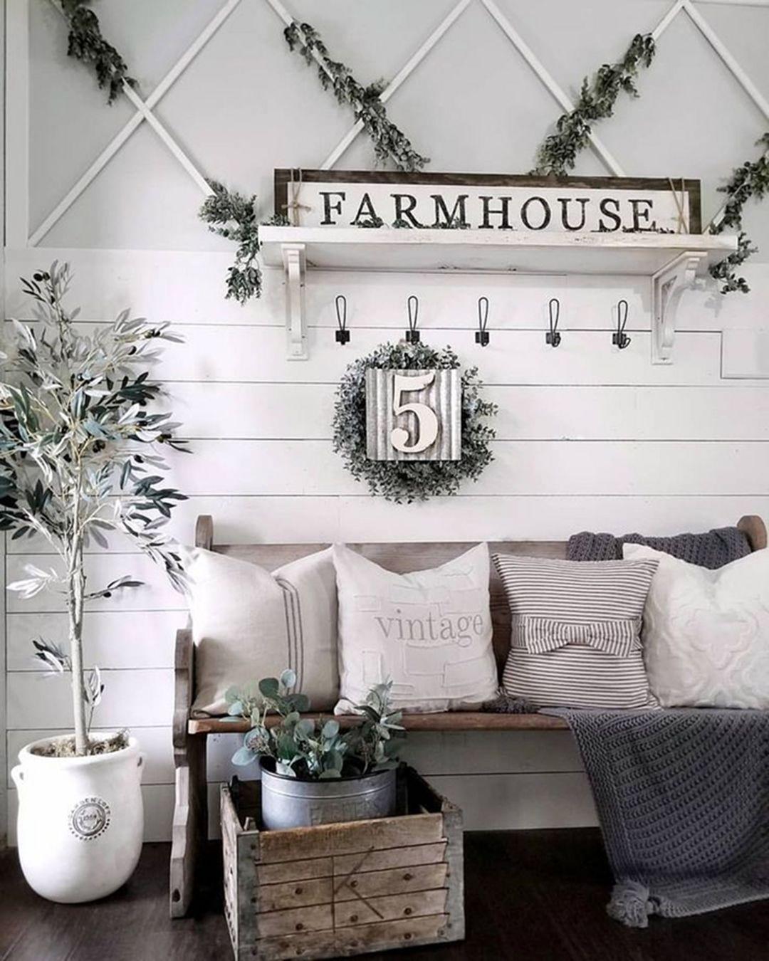 Stunning Living Room Wall Decoration Ideas 05