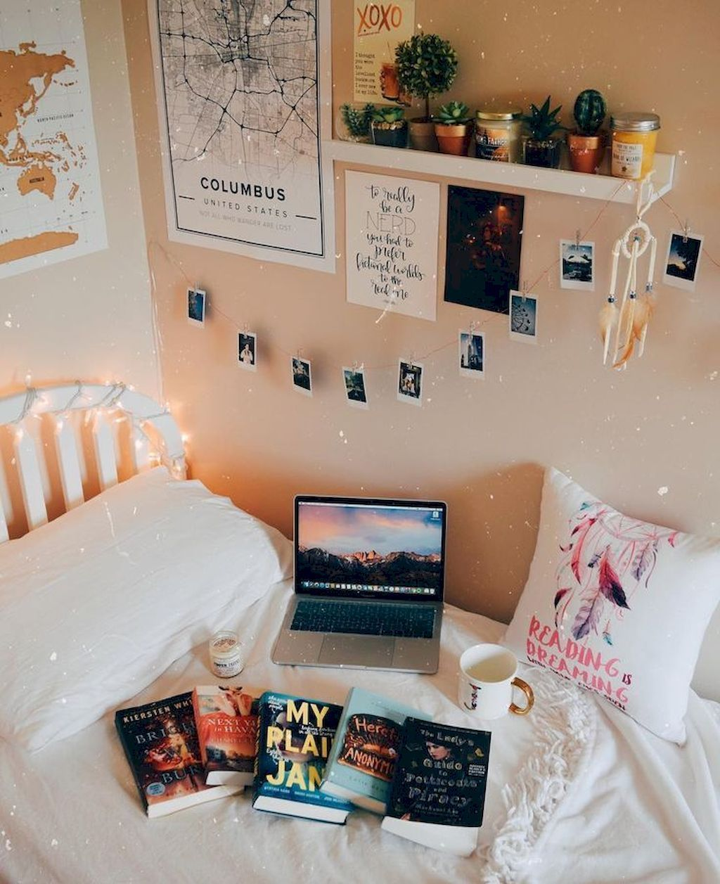 Stunning Modern Colorful Bedroom Decor Ideas 37