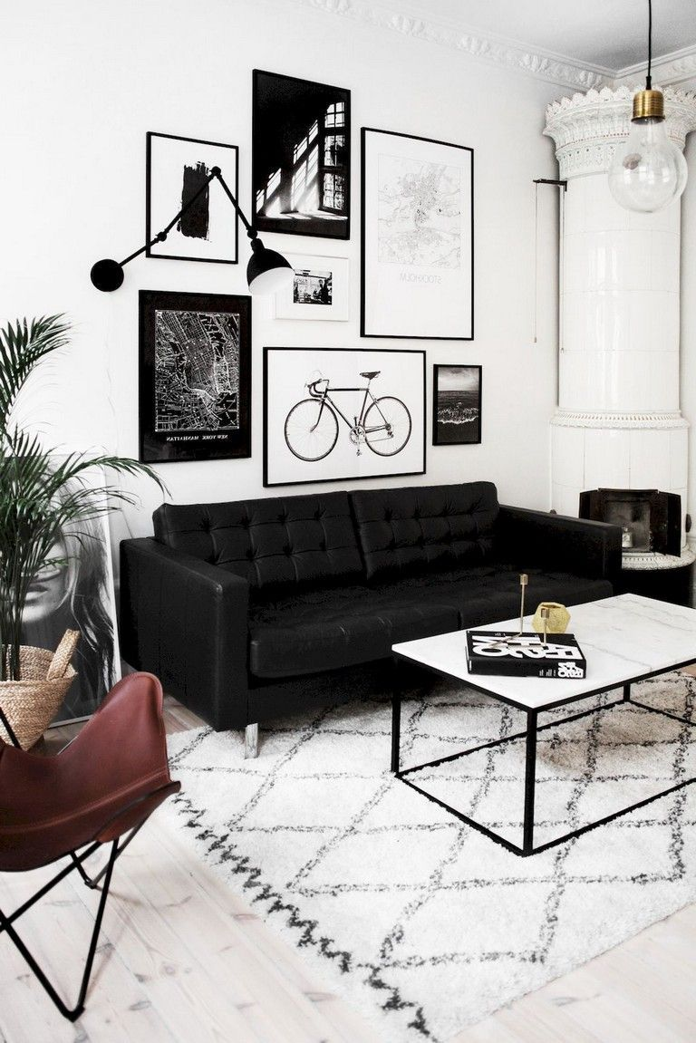 Beautiful Living Room Wall Gallery Decorating Ideas 27