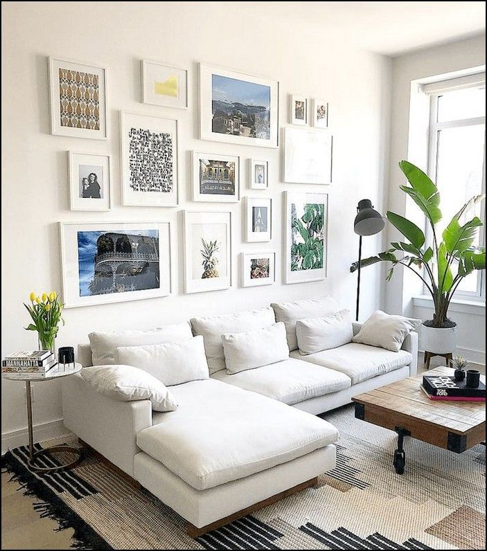 Beautiful Living Room Wall Gallery Decorating Ideas 32