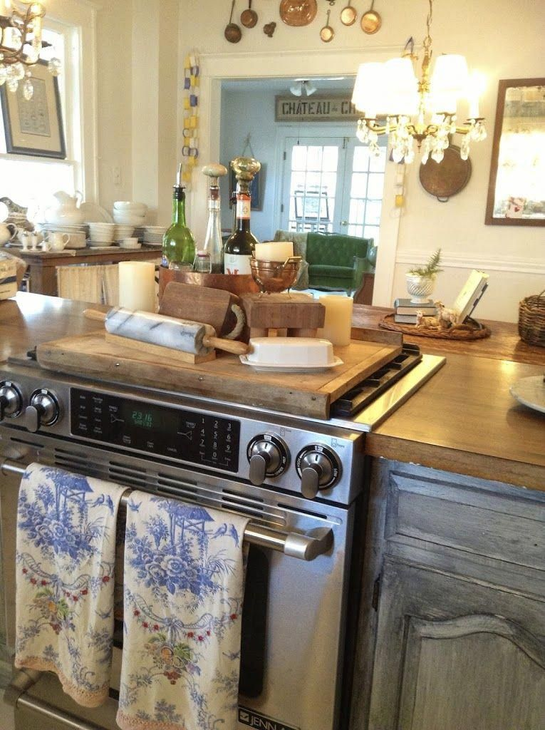 Fabulous French Country Kitchens Design Ideas 08