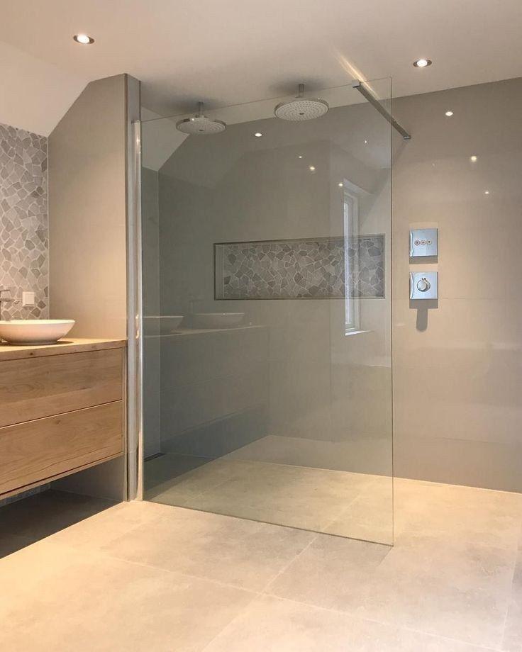 Gorgeous Outstanding Bathrooms Design Ideas 19