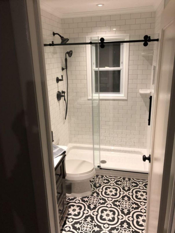 Gorgeous Outstanding Bathrooms Design Ideas 28