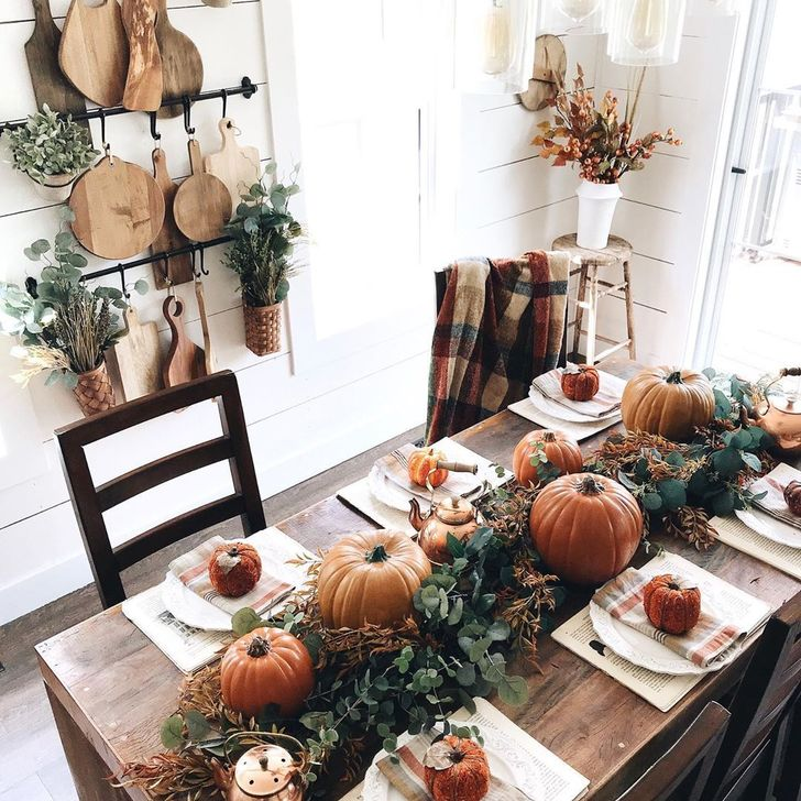 Amazing Fall Dining Table Decor Ideas For Your Dining Room Decor 30