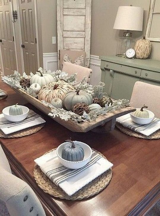 Amazing Fall Dining Table Decor Ideas For Your Dining Room Decor 31