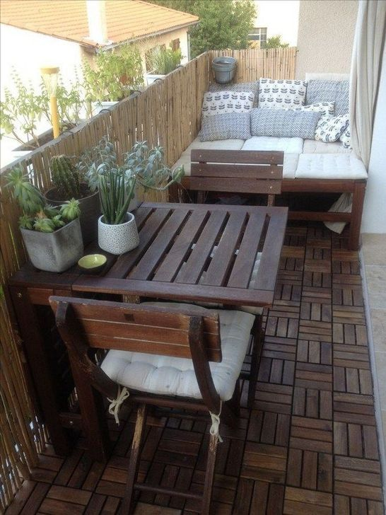 Awesome Apartment Balcony Decorating Ideas 14