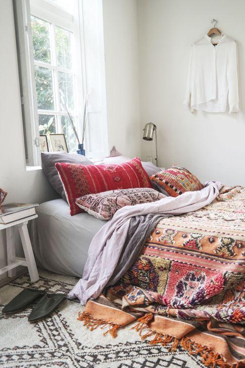 Beautiful Moroccan Bedroom Decor Ideas 13