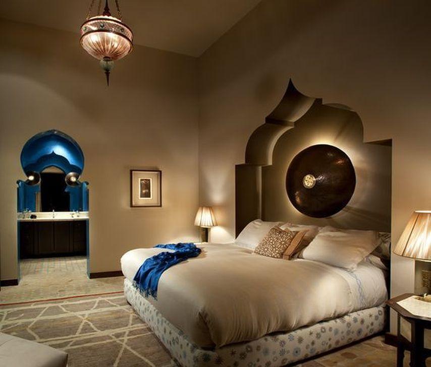 Beautiful Moroccan Bedroom Decor Ideas 31