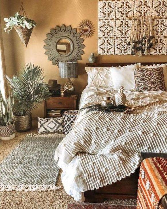 Beautiful Moroccan Bedroom Decor Ideas 34