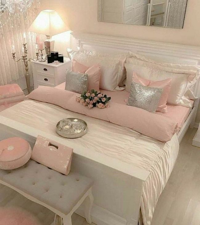 Beautiful Pink Bedroom Decor Ideas Looks Romantic 04