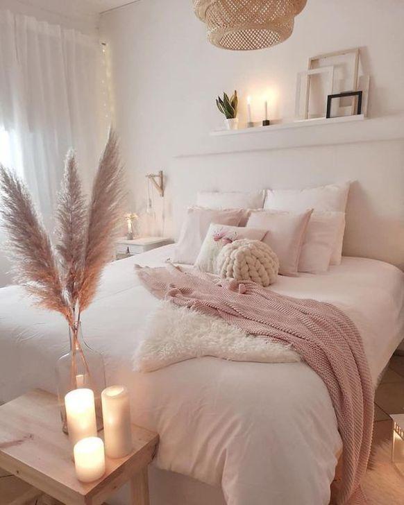 Beautiful Pink Bedroom Decor Ideas Looks Romantic 16