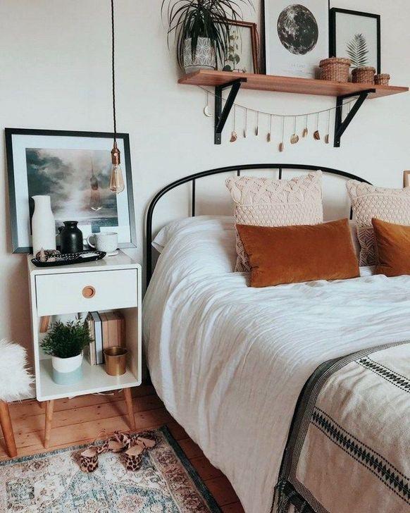 Beautiful White Bedroom Design And Decor Ideas 08