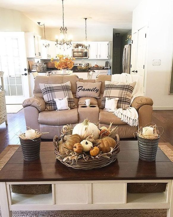 Fabulous Fall Living Room Decor Ideas To Feel Comfortable At Home 03