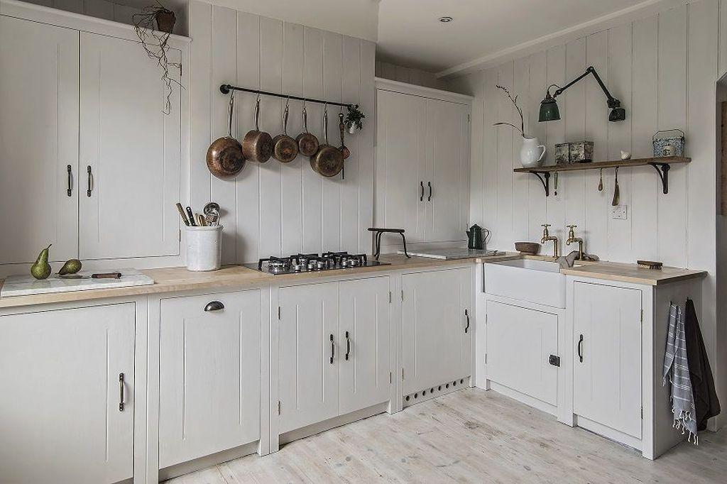 Inspiring Neutral Kitchen Design Ideas 02