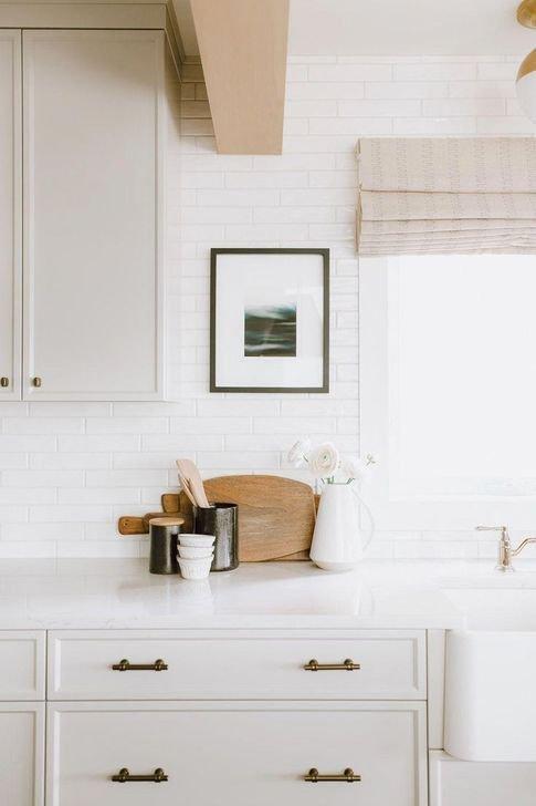 Inspiring Neutral Kitchen Design Ideas 15