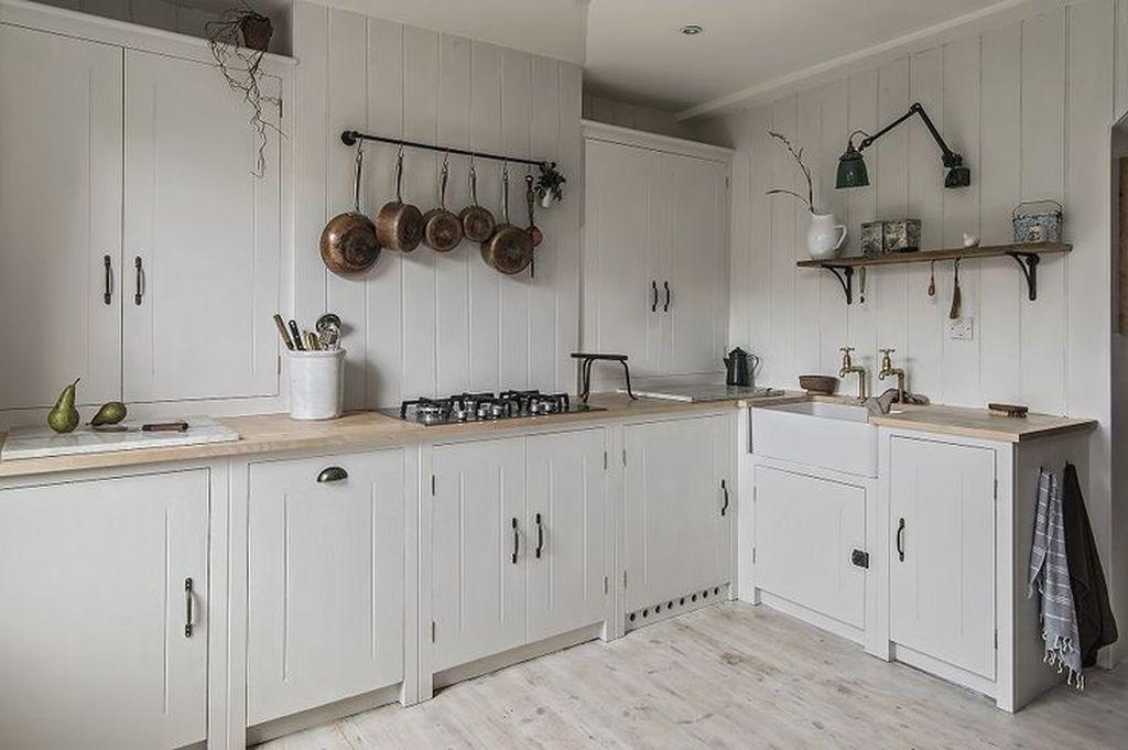 Inspiring Neutral Kitchen Design Ideas 18