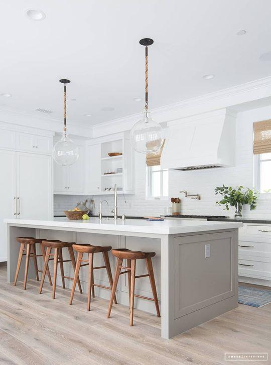 Inspiring Neutral Kitchen Design Ideas 31