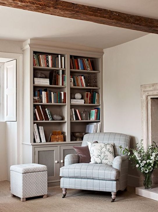 Stunning Bookshelves Design Ideas For Your Living Room Decoration 16