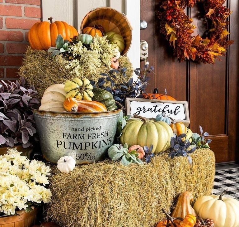 The Best Fall Outdoor Decor Ideas You Will Like 08