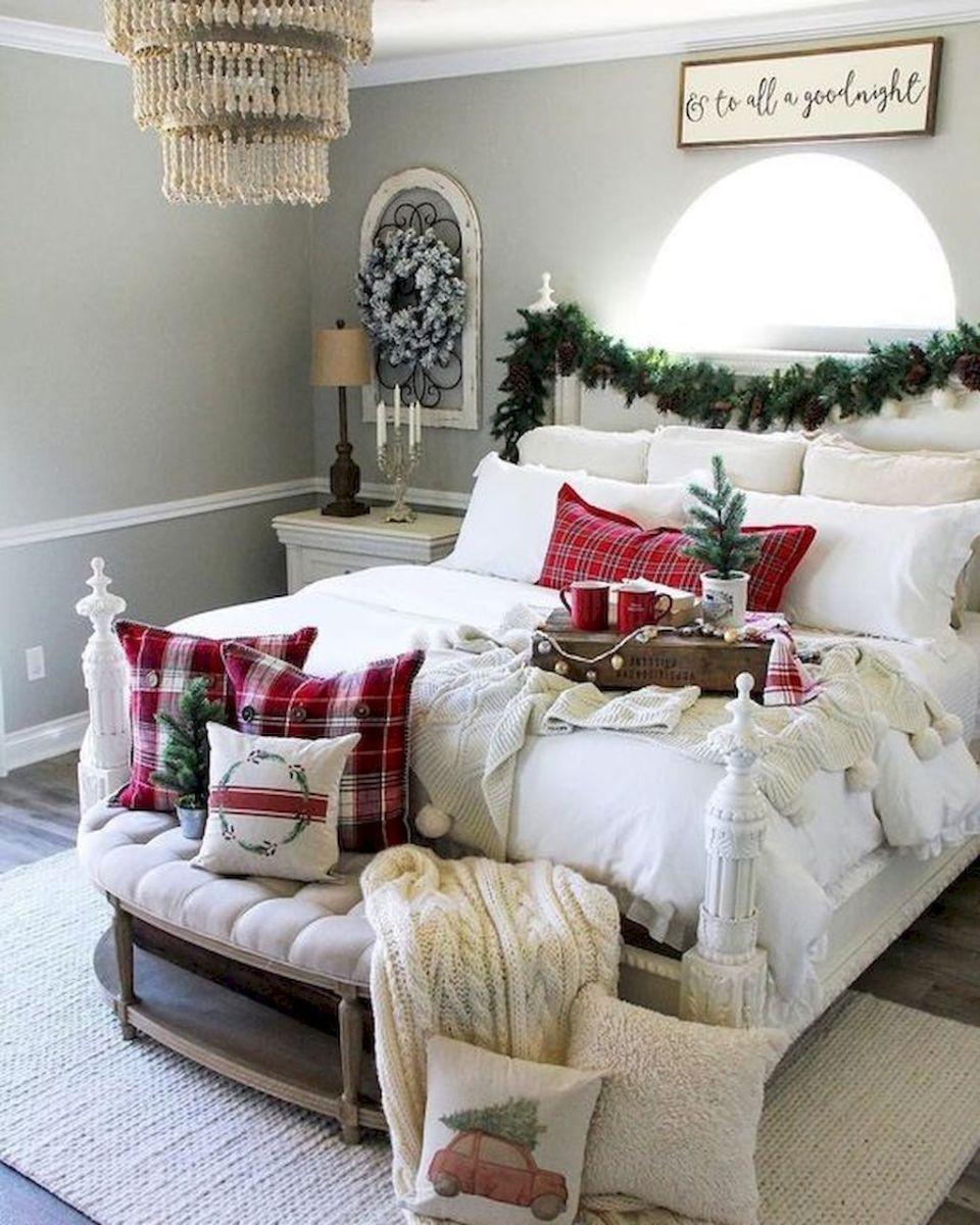 Amazing Farmhouse Style Christmas Bedroom Ideas 17