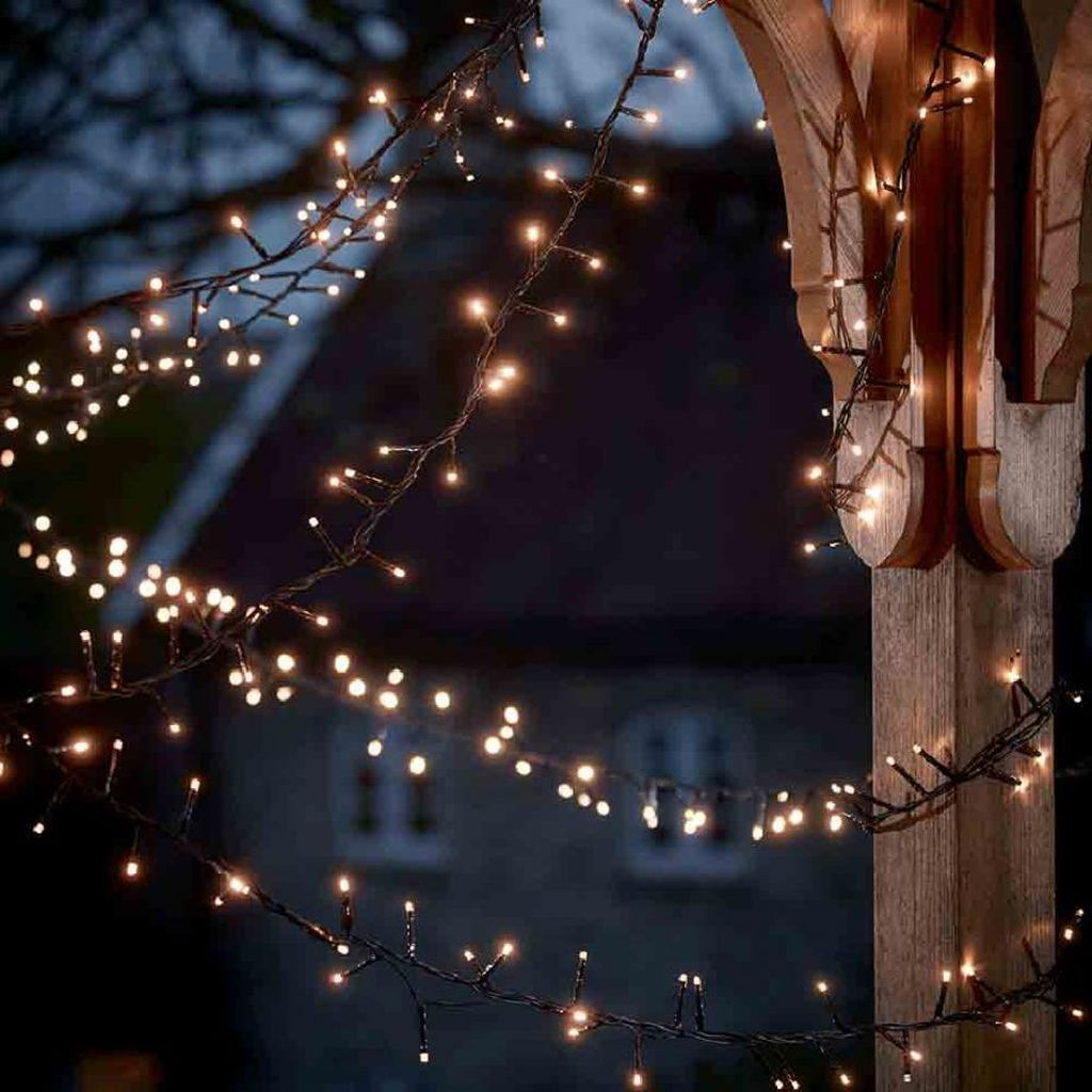 Awesome Christmas Lights Ideas For Exterior Decoration 05