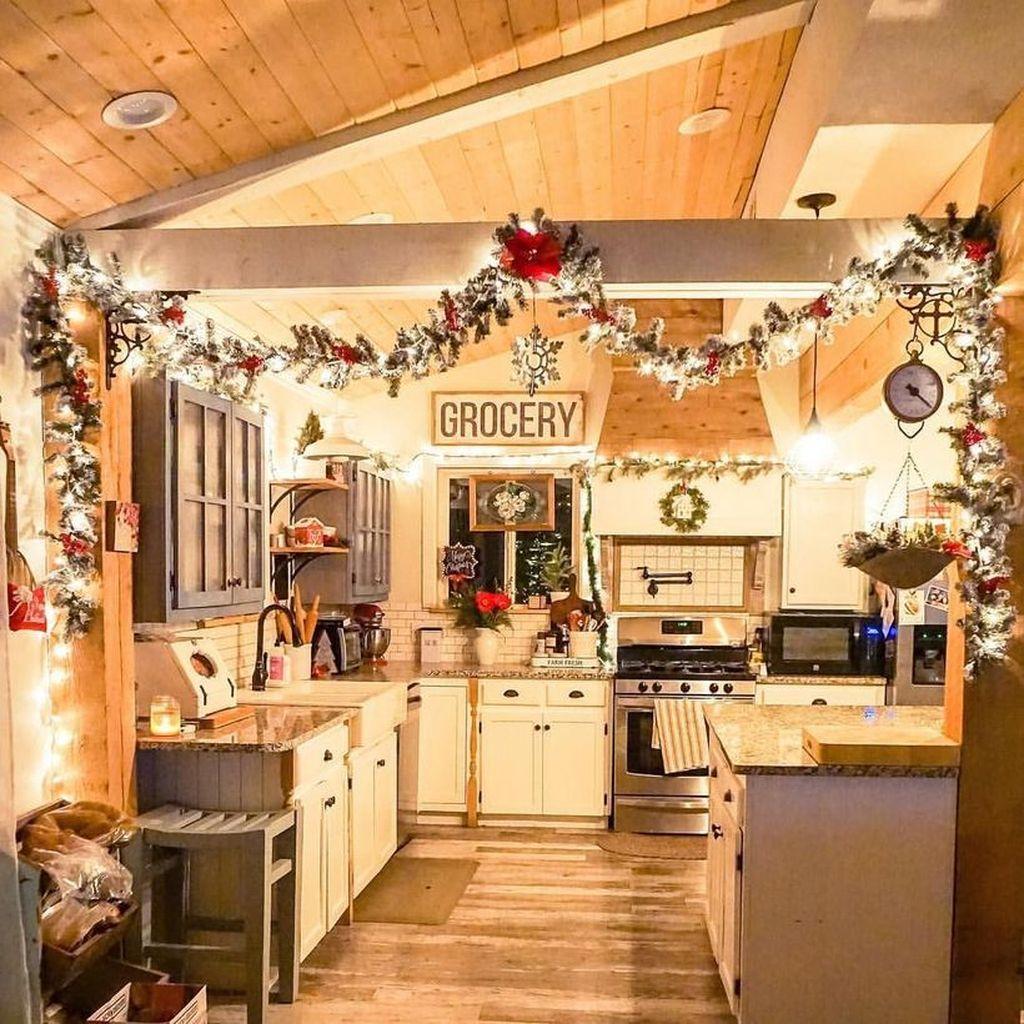 Awesome Christmas Theme Kitchen Decor Ideas 18