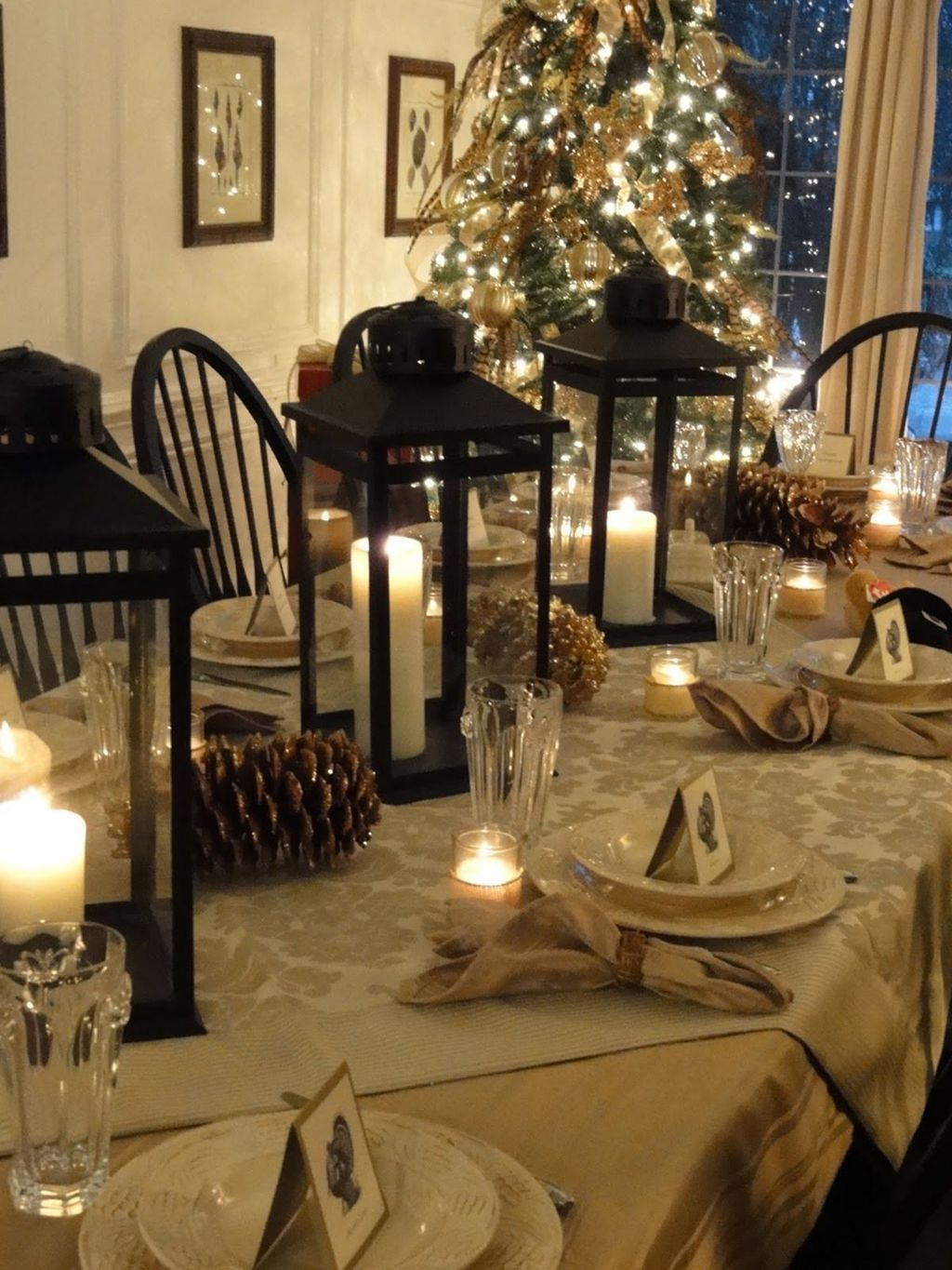 Beautiful Christmas Dining Room Decor Ideas You Never Seen Before 08