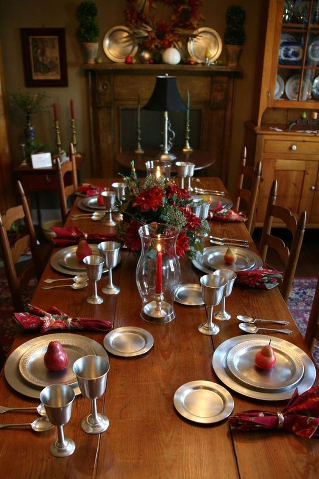 Beautiful Christmas Dining Room Decor Ideas You Never Seen Before 33
